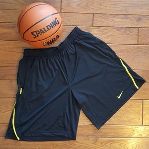 Nike Fit Dry Athletic shorts